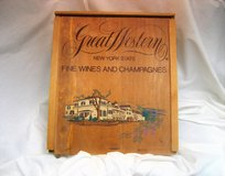 Vintage Wine Champagne Box Great Western Fine Wines Wood 12x14x5 Rustic Country Farm House in Kingwood, Texas