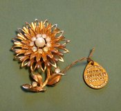Swarovski Flower Brooch / Pin in Batavia, Illinois