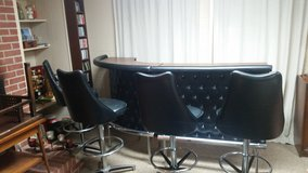 Vintage standalone Bar Chrome Craft with 4 swivel bar stools 1970's in Wright-Patterson AFB, Ohio