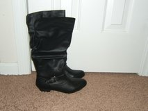 Kaylor Slouch Boots in Camp Lejeune, North Carolina
