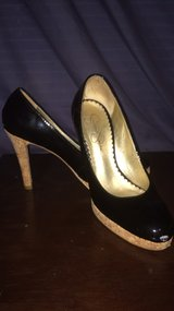 size 6 heals in Little Rock, Arkansas