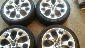 Car Rims and Tires in Fort Campbell, Kentucky
