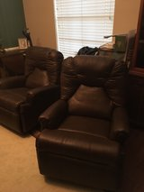 2 NEW RECLINERS & OTTOMAN W/STORAGE in bookoo, US