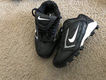 Boys Nike baseball cleats-size 10.5 in Chicago, Illinois