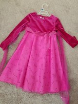 Girls pink dress in Chicago, Illinois