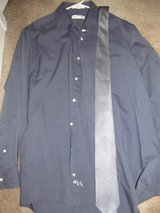 Men's Size 15 1/2 Dress Shirt and tie in Fort Benning, Georgia