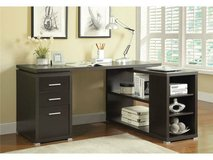 MODERN REVERSIBLE OFFICE DESK FREE DELIVRRY in Huntington Beach, California