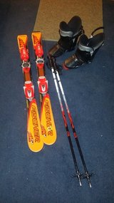 Size 2 (Kids)Skiis in Glendale Heights, Illinois