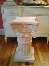 Heavy column table base and glass top in Plainfield, Illinois