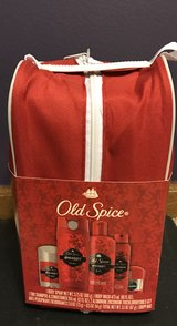 Men's old spice shower kit in Batavia, Illinois