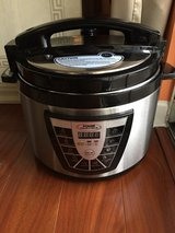 Power Pressure Cooker XL 10Qt in Lockport, Illinois
