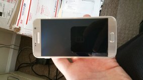 Verizon Galaxy S6 32G Like NEW!! in Camp Lejeune, North Carolina