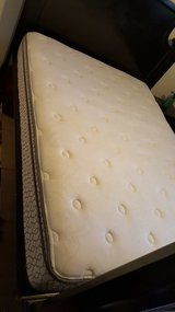 Queen size mattress in Barstow, California
