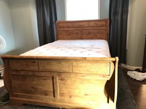 Queen Bed frame w/ Queen Mattress and Box Spring in Valdosta, Georgia