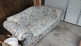 couch REDUCED! in Camp Lejeune, North Carolina