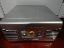 VINTAGE TEAC SL-A100 RETRO STYLE AM/FM STEREO TURNTABLE RECORD PLAYER in Travis AFB, California