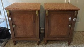 Marble Top Table Nightstand Pair in Bolling AFB, DC