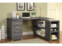 MODERN REVERSIBLE L- SHAPED DESK FREE DELIVERY in Huntington Beach, California