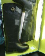 Tory burch boots brand new in Naperville, Illinois