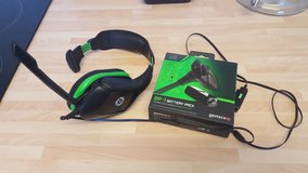 xbox360 headset and plug and play with battery pack in Lakenheath, UK