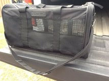 Samsonite black, soft-side Pet Carrier in Leesville, Louisiana