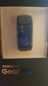 SAMSUNG GEARFIT2 SPORT WATCH (S=SMALL) NEW IN BOX in Elgin, Illinois