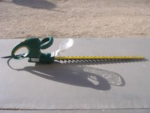 Weed Eater ELECTRIC HEDGE TRIMMER in 29 Palms, California