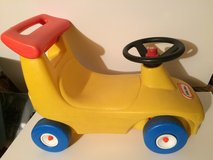 Little Tikes Little Tykes Car/Bike Walker / Ride On in Aurora, Illinois