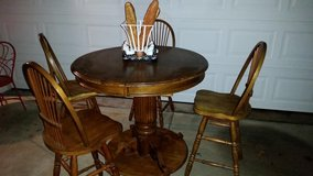 Oak /  Pub Style / 5 Piece Swivel Bar Stool Dining Table Set in Fort Campbell, Kentucky
