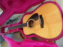 YAMAHA ACOUSTIC 12 STRINGS GUITAR WITH FENDER CASE in Yucca Valley, California