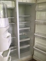 Kenmore Refrigerator  w/ Ice & Water in Shorewood, Illinois