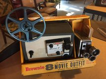 1960's Kodak Brownie 8 Movie Outfit! Camera And Projector In Original Packaging! Working! Awesome! in Beaufort, South Carolina