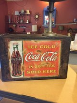 Vintage Coke Box! Awesome! in Beaufort, South Carolina