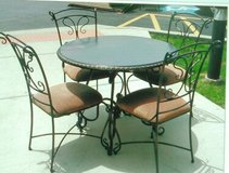 "38"" Dinette Table & 4 chairs in Schaumburg, Illinois"