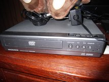 DVD / CD PLAYER   MAGNAVOX with REMOTE in Cherry Point, North Carolina