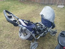 Double stroller with car seat option. 2 removable seats in Bolingbrook, Illinois