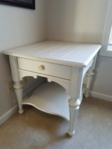 Antique white side table in Glendale Heights, Illinois