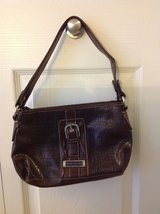 Tommy Hilfiger Purse in Algonquin, Illinois