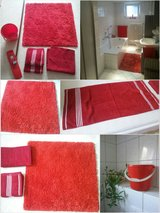 red bathroom set 6 pieces in Ramstein, Germany
