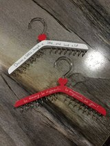 Cute Necklace Hangers in Fort Campbell, Kentucky