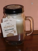 "new 5"" candle,vanilla creme brulee in Glendale Heights, Illinois"