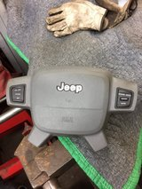 2005-2007 jeep grand cherokee airbag in Westmont, Illinois