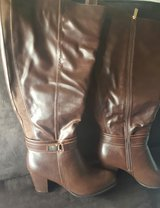 Boots Avenue SZ10W in bookoo, US