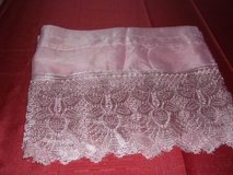 MAUVE CROCHET LACE KITCHEN CURTAINS in Alamogordo, New Mexico