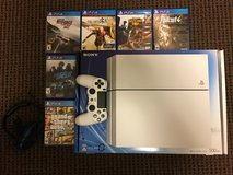 White 640Gb Jp Ps4 with 6 games and accessories in Okinawa, Japan