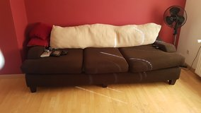 Big Comfy Couch - Must pick up in Spangdahlem, Germany