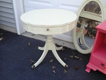 Shabby chic pedestal table in Lockport, Illinois