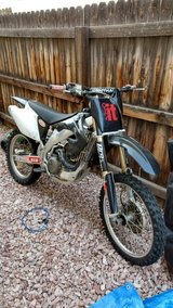 Dirt Bike CRF 450 R 2004 with accessories in Colorado Springs, Colorado