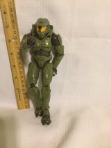 2004 SERIES 1 MASTER CHIEF HALO 2  FIGURE &   GAME  & official guide book in Okinawa, Japan