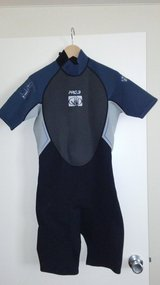 BRAND NEW - MEN'S SIZE MEDIUM WET SUIT (BODY GLOVE) - REDUCED $60 TO $50!!! in Honolulu, Hawaii